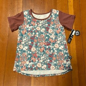 RAGS TO RACHES - 5/6 NWT - Floral Tee